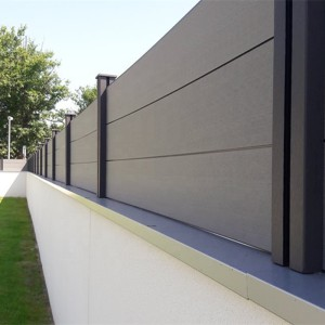 Customized-size-and-Black-color-privacy-outdoor-WPC-fence-WPC-decking-for-garden-2